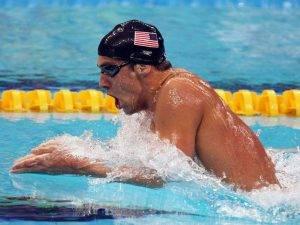 natación estilo braza